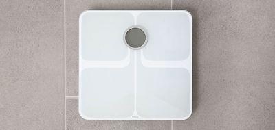 Fitbit aria2 white 5