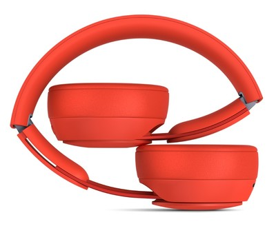 Beats solo pro more matte collection   red %284%29