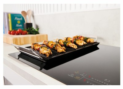 Westinghouse 90cm 4 zone induction cooktop with boilprotect %284%29