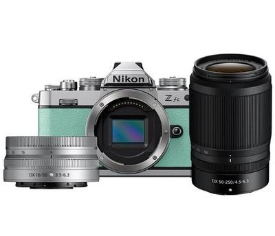 Nikon Z FC Mint Green Nikkor 16-50mm VR Silver + 50-250mm